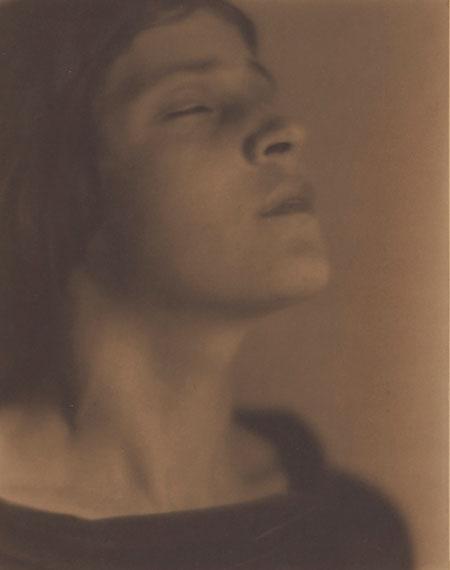Lot 74EDWARD WESTON (1886-1958)Head of an Italian Girl (Tina Modotti), 1921€150,000–200,000