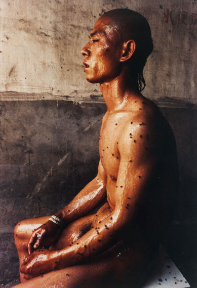 """Lot 28Zhang Huan (n.1965)""""12 square metres""""Color photography, 103x70 cm, Signed and numbered 1/15Estimate: € 10.000 - 12.000"""