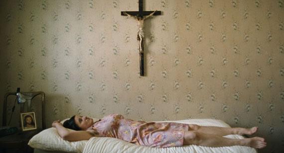 Ulrich Seidl: Paradies. Glaube (Paradise. Faith), 2012 © Ulrich Seidl