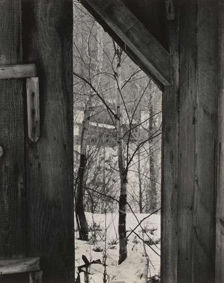 Paul StrandToward the Sugar House, Vermont (Blick auf das Sugar House), 1944Silbergelatine-Abzug, 24.4 × 19.4 cmPhiladelphia Museum of Art, The Paul Strand Collection© Estate of Paul Strand