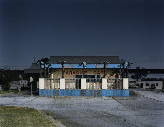 Atlanta #27, 2012, C-Print, 125 x 153,4 cm © Josef Schulz
