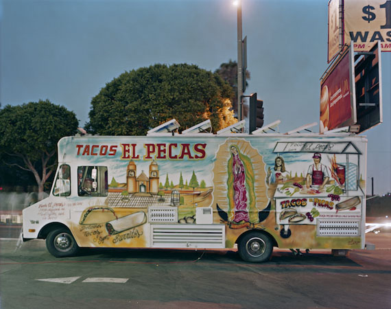JIM DOW, Tacos El Pecas, Boyle Heights, Los Angeles, California, 2008. Courtesy ROBERT KLEIN GALLERY, Boston