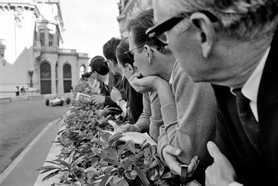 Jesse Alexander. Spectators, Monaco, 1966