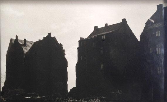CHARGESHEIMER (KARL-HEINZ HARGESHEIMER)Gegenlicht, ca. 1956gelatin silver print30.5 × 48.5 cm / 12 × 19 1/10 in© 2015 Museum Ludwig, KölnCourtesy of FEROZ Galerie, Bonn
