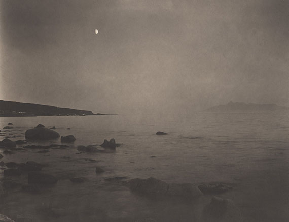 Contemplation : Ealaghol #1, Scotland, 2013Platinum/palladium print on gampi paper. Edition of 9. Image size : 26,4 x 34,5 cm© Takeshi Shikama / All rights reserved