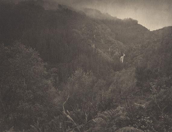 Contemplation : Contemplation : Galicia, Fonfria #1, Spain, 2013Platinum/palladium print by Motoyuki Kobo produced by Amanasalto (Tokyo, Japan).Edition of 5. Image size : 65,8 x 82,7 cm© Takeshi Shikama / All rights reserved