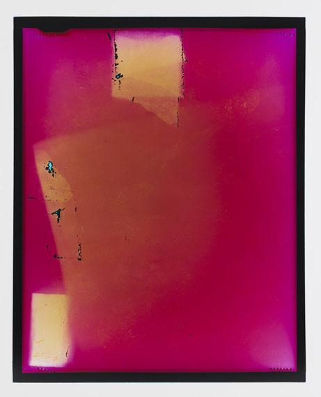 Justine Varga Edge, 2015. 123.5 x 98.5cm, Type C print.