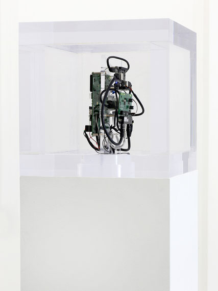 Trevor Paglen und/and Jacob Appelbaum, Autonomy Cube, 2014 