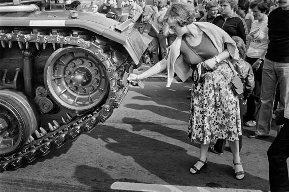 Straße des 17.Juni am Großen Stern, Tag der Streitkräfte, Tiergarten, West-Berlin, 1980 © Rudi Meisel