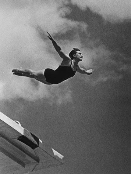 Lev Borodulin. Swan-dive, 1960