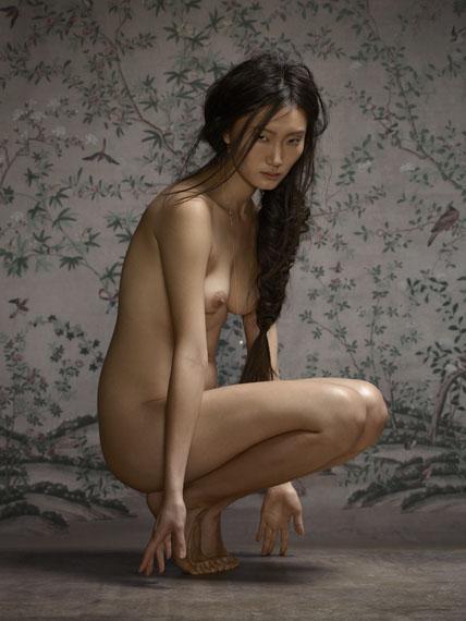 Female Nude No. 4, 2015 © ERWIN OLAF