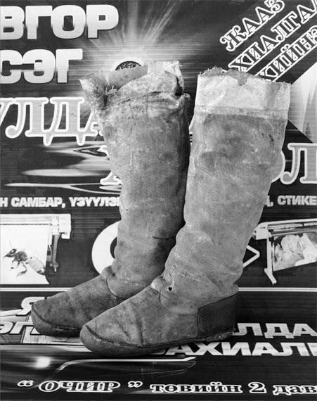 Taiyo Onorato & Nico Krebs Boots, 2015 (Stiefel)Silbergelatine-Abzug, 173 x 127 cm© Onorato & Krebs, Courtesy RaebervonStenglin, Sies+Höke und Peter Lav Gallery