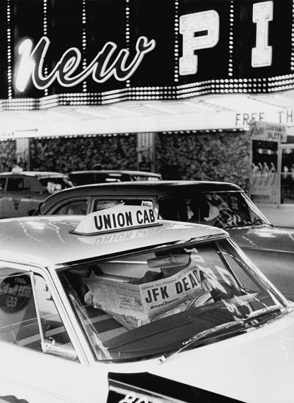 JFK Dead, Las Vegas© Thomas Hoepker / Magnum Photos