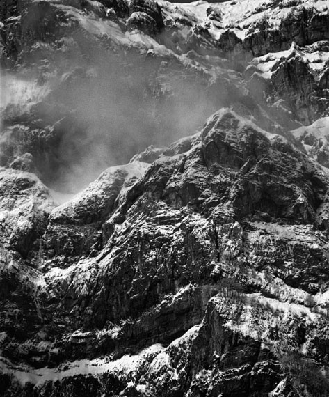 Fridolin WalcherWiggis/Glarus 2, 2010Barytabzug auf Crane MuseumpapierAuflage 2/1544 x 36.5 cm