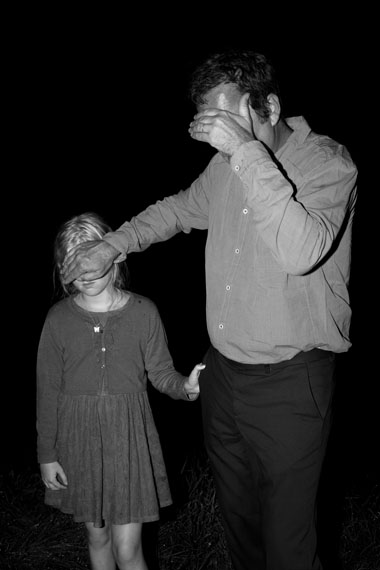Tom CalleminMan with Child, 2013© Tom Callemin