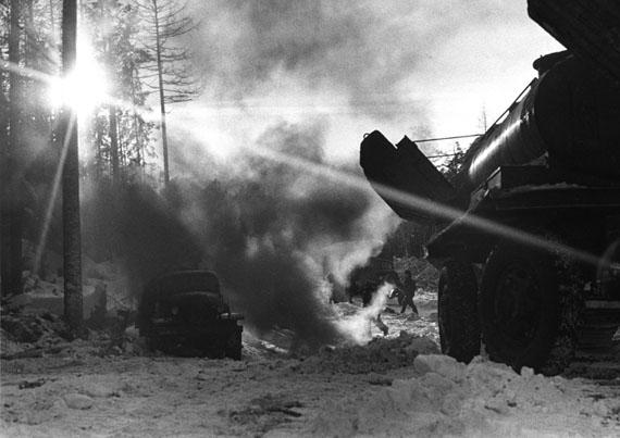 Lev Sherstennikov. Gas pipeline construction. Tyuman, 1968