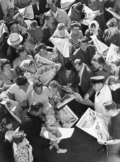 Nikolay Rakhmanov. Readers, 1960