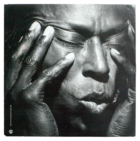 Irving PennMiles Davis, Tutu, 1986 © Warner Bros. Records