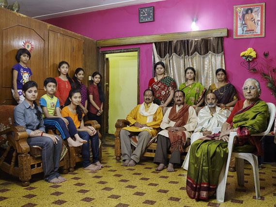 Nora Bibel, Pissay, Bangalore, Indien, 2014. Aus der Serie Family Comes First