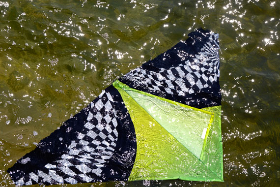 Kite in the Water, 2015 © Roe Ethridge / Courtesy of the artist and Gladstone Gallery, New York and Brussels