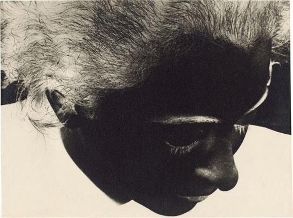 Gertrud Arndt. Negative-Portrait Wera Meyer-Waldeck, Dessau. 1930 Vintage. Gelatin silver print. 16,6 x 22,2 cm