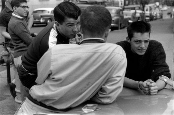 © Louis Stettner 'Saratoga Street', 1954 / Courtesy Johanna Breede PHOTOKUNST