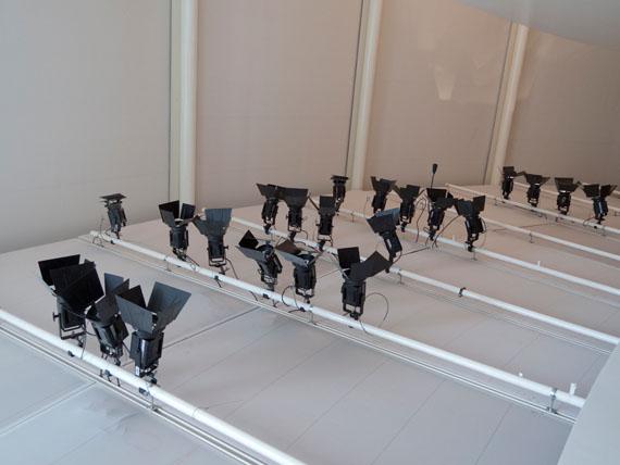Sigrid Kurz: MB-26/03/2014 aus Experimental Sets C-print, 80 x 80 cm