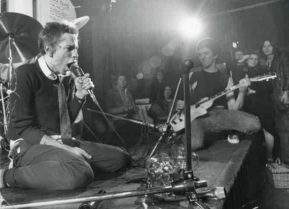 Sex Pistols, 100 Club, 1976 © Ray Stevenson, Courtesy Rex Shutterstock