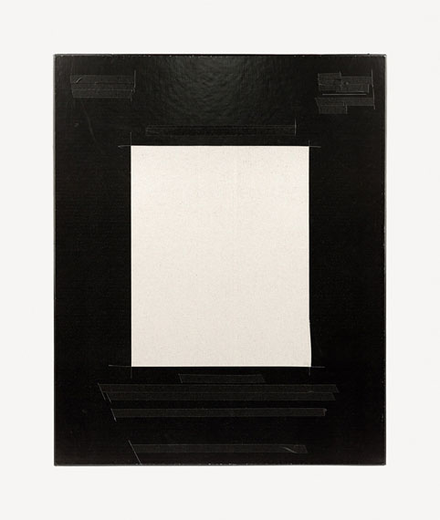 Standard Size #7422, 2014. Archival pigment print. 16 × 13 1/2 in© Andy Mattern, courtesy elizabeth houston gallery