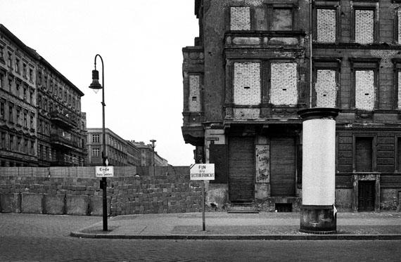 Ecke Wolliner / Bernauer Strasse, Westberlin, 1962© bpk, Kunstbibliothek, SMB, Bernard Larsson