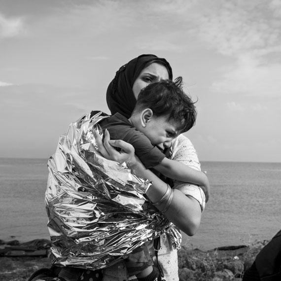 """Nikos Pilos: erschienen in """"Stern 53/15"""" zum Artikel """"Exodus""""nominiert für einen LeadAward in der Kategorie """"Reportagefotografie des Jahres"""""""