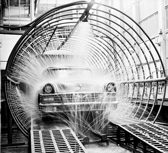 Valentin Khukhlaev, Shower before the release of ZIL-111. Moscow, 1959