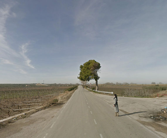 Mishka HennerStrada Provinciale 3, Apulia, Italy, 2013From the series: No Man's Land, 2011-2013Pigment Print, 61 x 51 cmCourtesy of the artist and Carroll / Fletcher, London© Mishka Henner