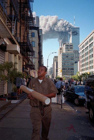 Melanie Einzig, September 11th, New York, NY 2001, © Melanie Einzig