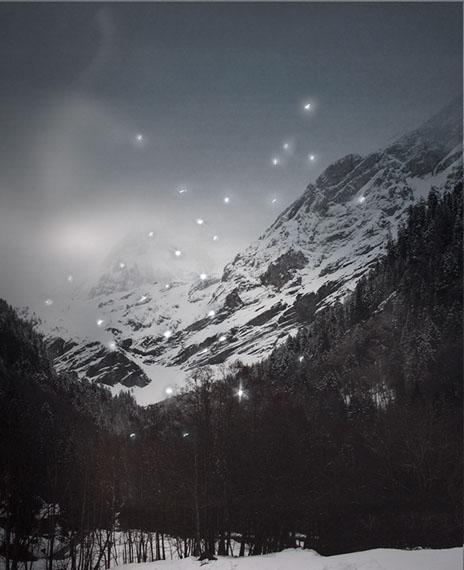 Douglas Mandry: Promised Land, Montagne II (Ponctions), 2013 | Archival Pigment Print | 90 x 110 cm | Edition 7 & 2AP