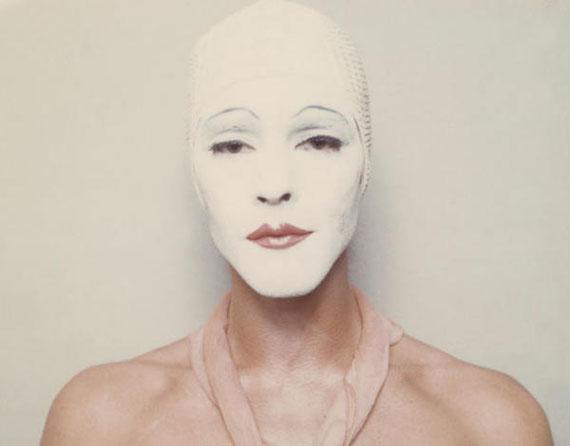 Ulay, White Mask, 1973-1974, Auto-Polaroid Typ 108, 8,5 x 10,8 cm (je Bild) © VG Bild-Kunst, Bonn 2016, Courtesy the artist