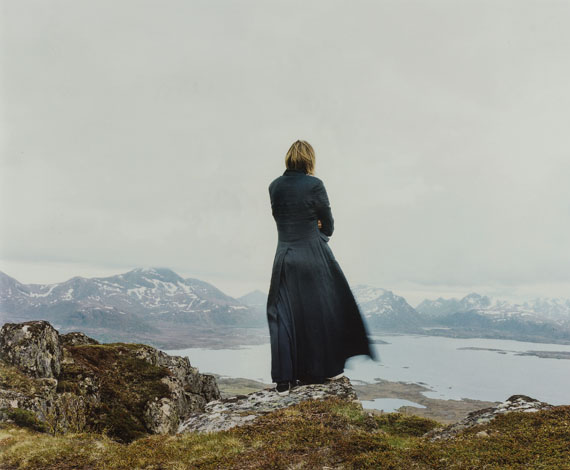 """Elina Brotherus: Der Wanderer 2, 2004, aus """"The New Painting"""",Chromogenic color print, 80 x 63 cmCourtesy of the artist and gb agency, Paris"""