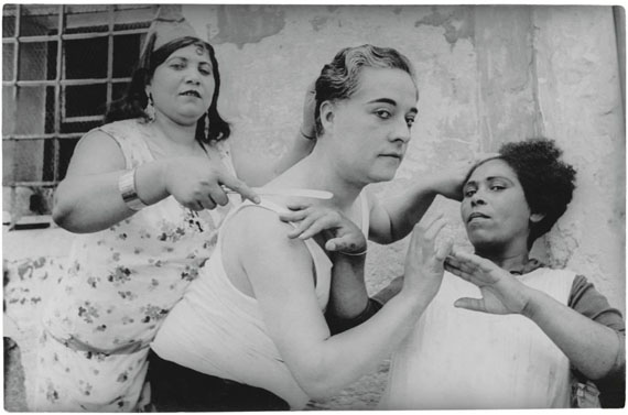 Alicante, Spain, 1933  © Henri Cartier-Bresson/Magnum Photos