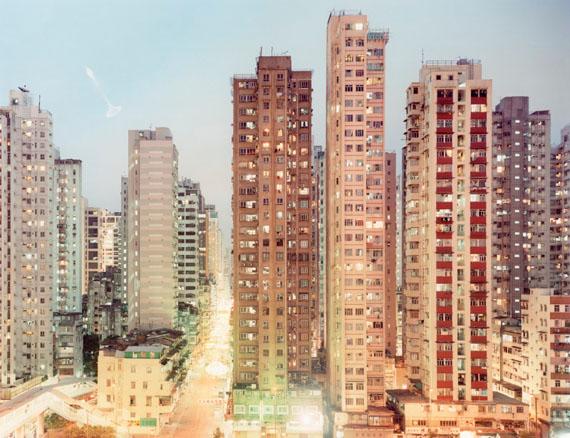 © Peter Bialobrzeski: Hongkong, aus der Serie Neontigers