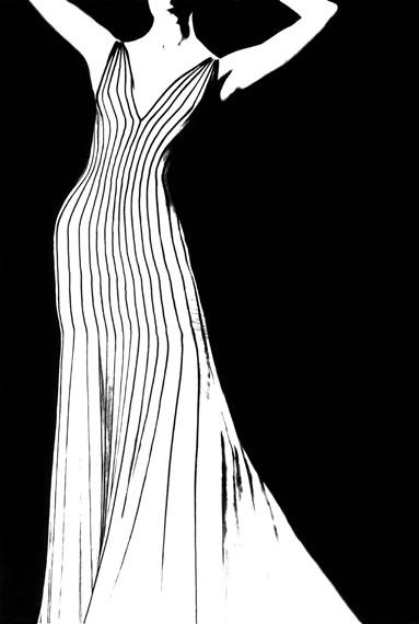 KRONUNG DES CHIC, JADA, DRESS BY THIERRY MUGLER, 1998© Lillian Bassman Estate/Courtesy of Edwynn Houk Gallery, New York & Zurich