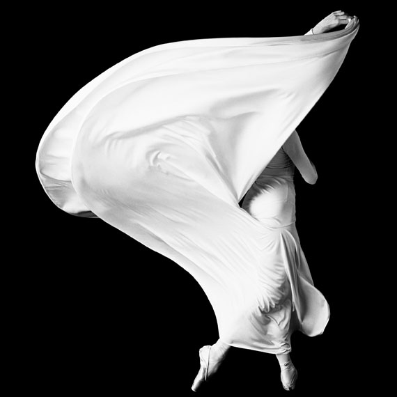 Howard Schatz. Pascale LeRoy 1, Smuin Ballet, photographed in San Francisco, February 1997Photograph by Howard Schatz from SCHATZ IMAGES: 25 YEARS © Howard Schatz and Beverly Ornstein 2015