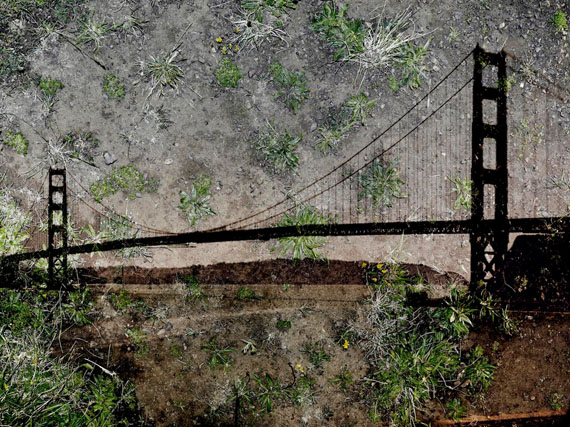 Abelardo Morell, Tent Camera Image on Ground: View of the Golden Gate Bridge from Battery Yates, 2012Courtesy Edwynn Houk Gallery, New York an Zurich