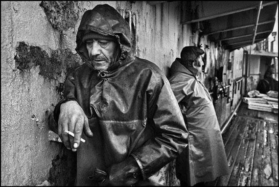 "Jean Gaumy: North Atlantic. 1998. On board the Spanish trawler ""Rowanlea""© Jean Gaumy / Magnum Photos"