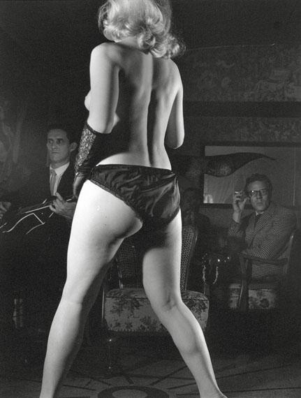 Herbert Dombrowski: Striptease III, 1953, 30,5 x 23,5 cmCourtesy Galerie Hilaneh von Kories
