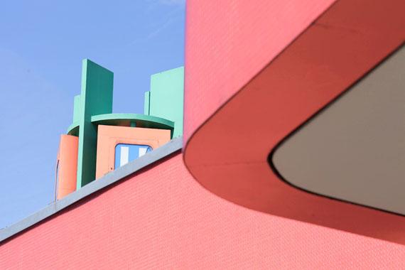 BERLIN — Urbane Textur einer Großstadt