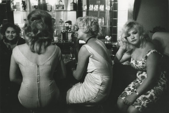 Bar Los Siete Espejos (Bar of Seven Mirrors), Valparaiso, Chili, 1963 © Sergio Larrain, courtesy Michael Hoppen Gallery