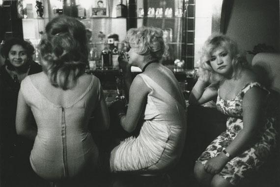 Bar Los Siete Espejos (Bar of Seven Mirrors), Valparaiso, Chili, 1963 © Sergio Larrain, courtesy Michael Hoppen Gallery
