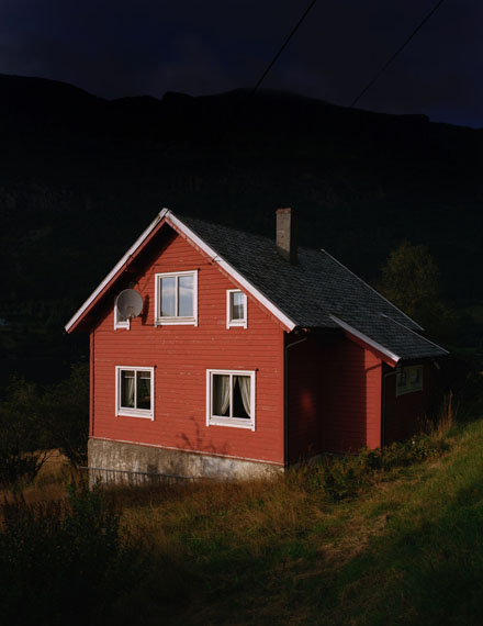 Juliane Eirich, Red House, 2014Courtesy f 5,6 Galerie Munich