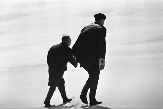 Antanas Sutkus, Jean-Paul Sartre in Lithuania. Nida, 1965