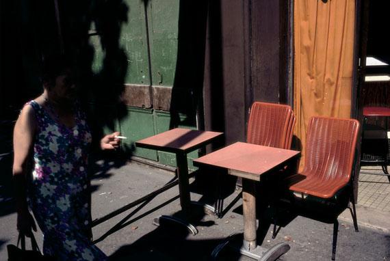 France, Paris, 1982 © Harry Gruyaert / Magnum Photos, courtesy Michael Hoppen Gallery
